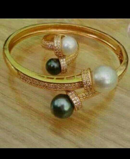 Gelang dan cincin mutiara lombok Pesan Add Bbm : D6AB777F Sms/ tlp. : As 082337322501/ IM3 085785304765/ XL 085954311294 Wa. : Tri 08990127841 NB: Bila anda ragu jangan membeli dulu. Cek dulu resi dan testnominalnya  #mutiara#mutiaralombok#mutiaralaut#mutiaratawar#fashion#perhiasan#rhodium#elegant#allstyle#wisata#senggigi#oleholehlombok#emas#kadoistimewa#wedding#gelang#cincin#alam#natural#pearl#gold#silver#sekarbela#
