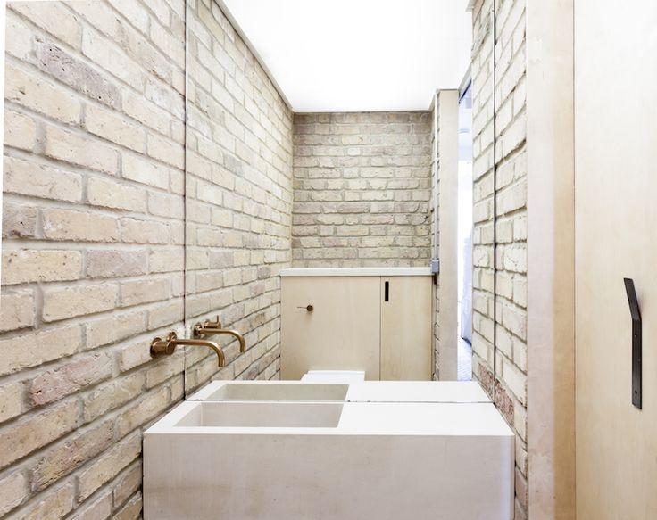 Plywood House by Simon Astridge | iGNANT.de