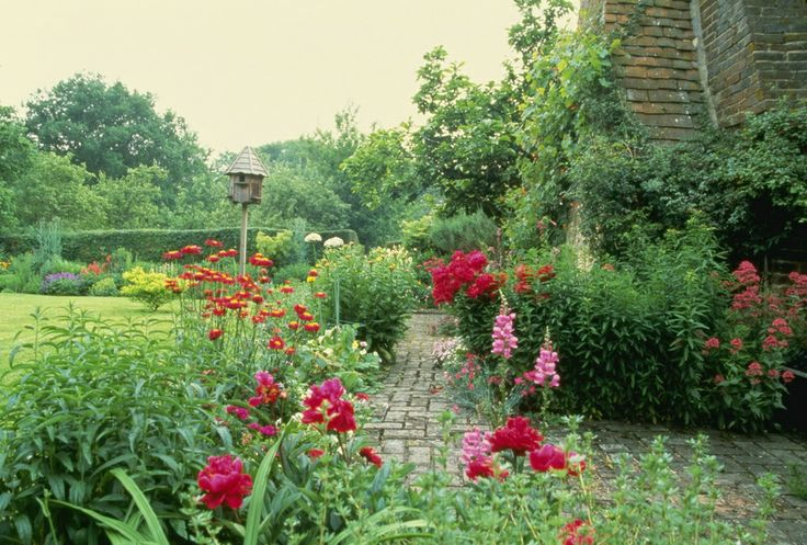1862 best images about rustic cottage style gardens on pinterest gardens english cottage - Countryside dream gardens ...