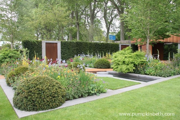 The Homebase Garden - Urban Retreat, designed by Adam Frost, and built by Bespoke Outdoor Spaces