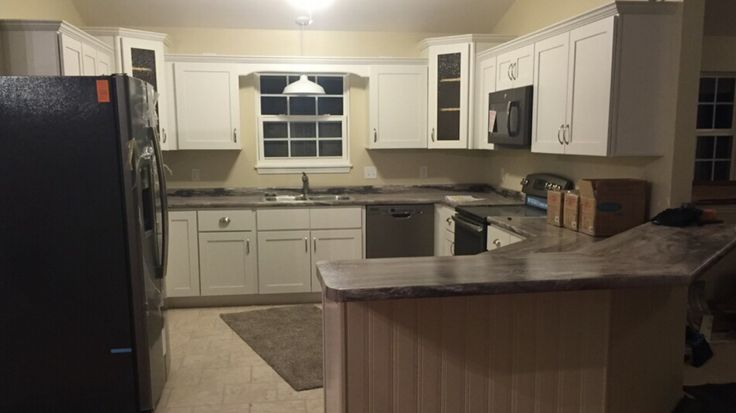 Carriage house bradford dolce vita formica my designs for Carriage house kitchen cabinets