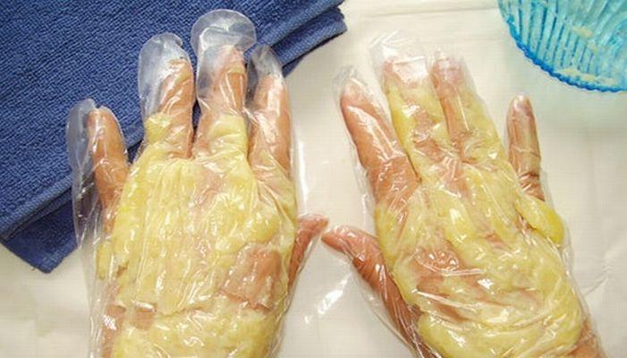 Руки — визитная карточка каждой женщины. Но не всем представительницам прекрасного пола удается сохранить первозданную красоту кожи рук. Частые контакты кожи с агрессивной бытовой химией, гормональные изменения, воздействие...