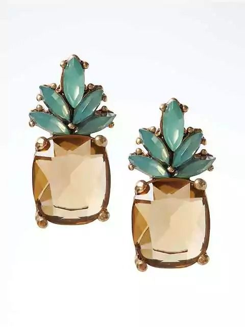 Add a touch of the tropical to your summer look with our Pineapple Jewel Stud Earring. Just sparkly enough to upgrade whatever you pick out to wear on any given day.Oh, and PS, our entire jewelry collection is filled with versatile pieces you can wear with both dresses and jeans.