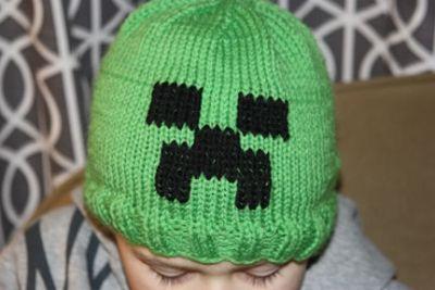 Minecraft Knitting Patterns : knitted minecraft creeper beenie Knitting Pinterest kostenlose Muster, ...