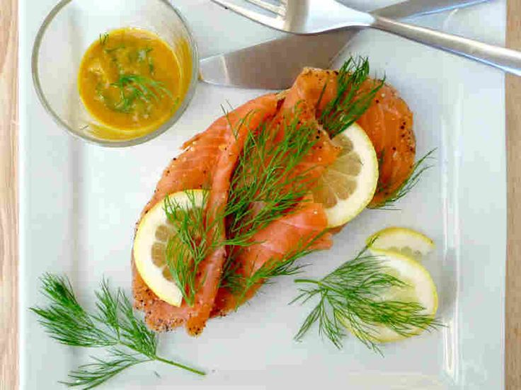 Smoked salmon with mustard and dill smorrebrod.