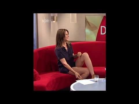 Suzi Perry - Short Dress & Wetsuit TGS - YouTube