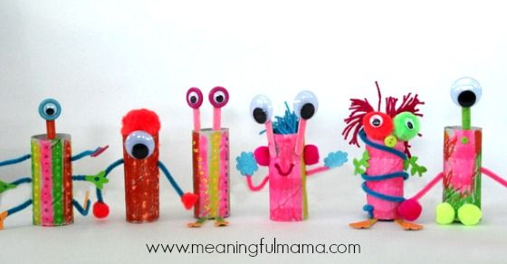 A great way to use up old paper rolls, make aliens.