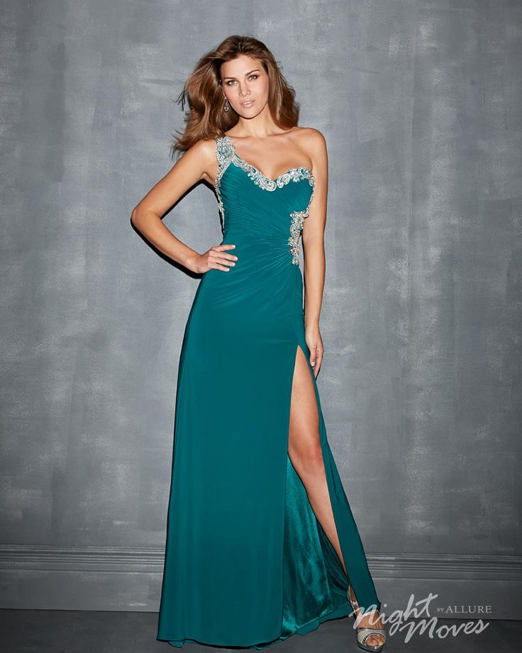 39 best images about Gorgeous Green Prom Dresses on Pinterest