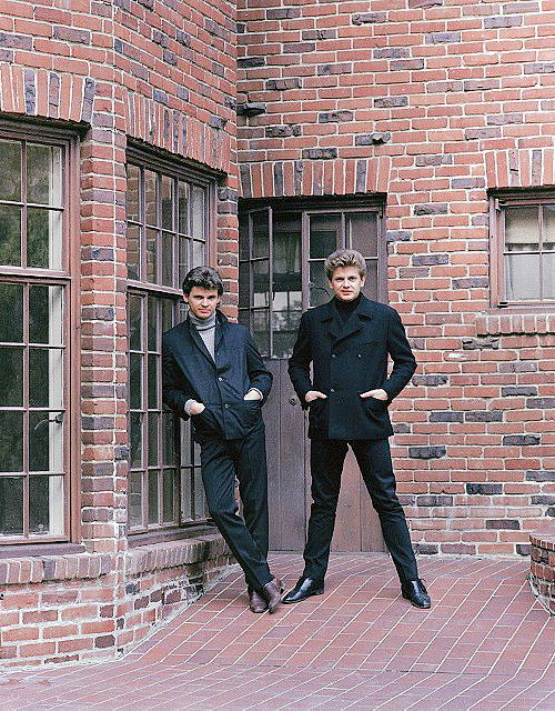 The Swinging Sixties — everlything:   The Everly Brothers photographed by...