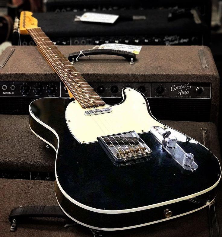 Fender Custom Telecaster in black