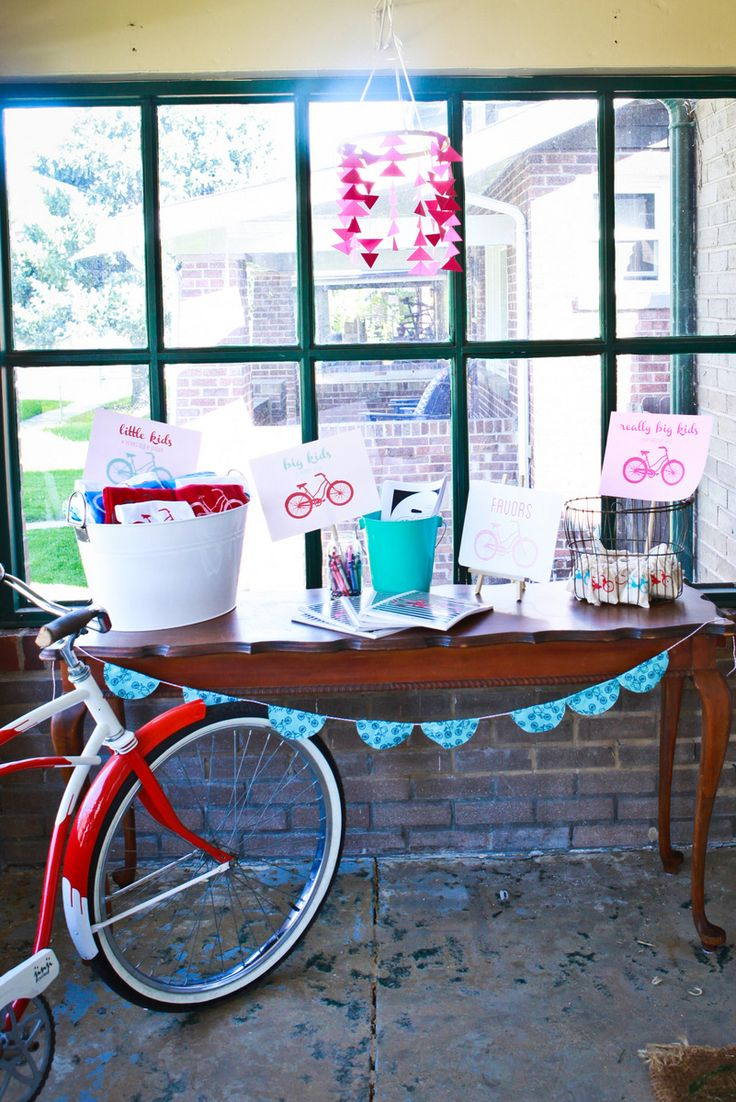 vintage bicycle birthday party