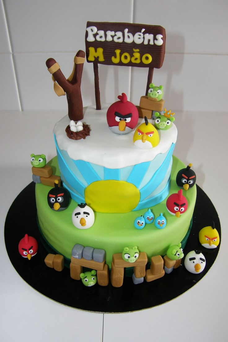 174 best images about angry birds cakes on pinterest for Angry birds cake decoration
