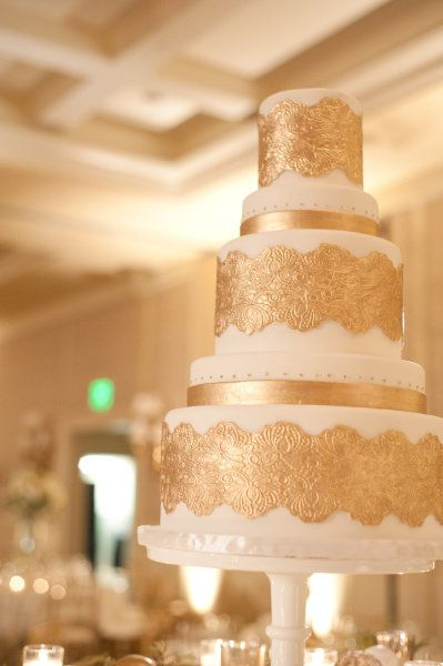 who cuts the wedding cake first 736 best images about gold wedding on 27429