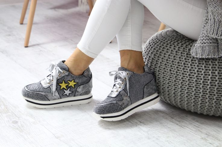 Srebrne sneakersy :) naszym hitem! www.Buu.pl