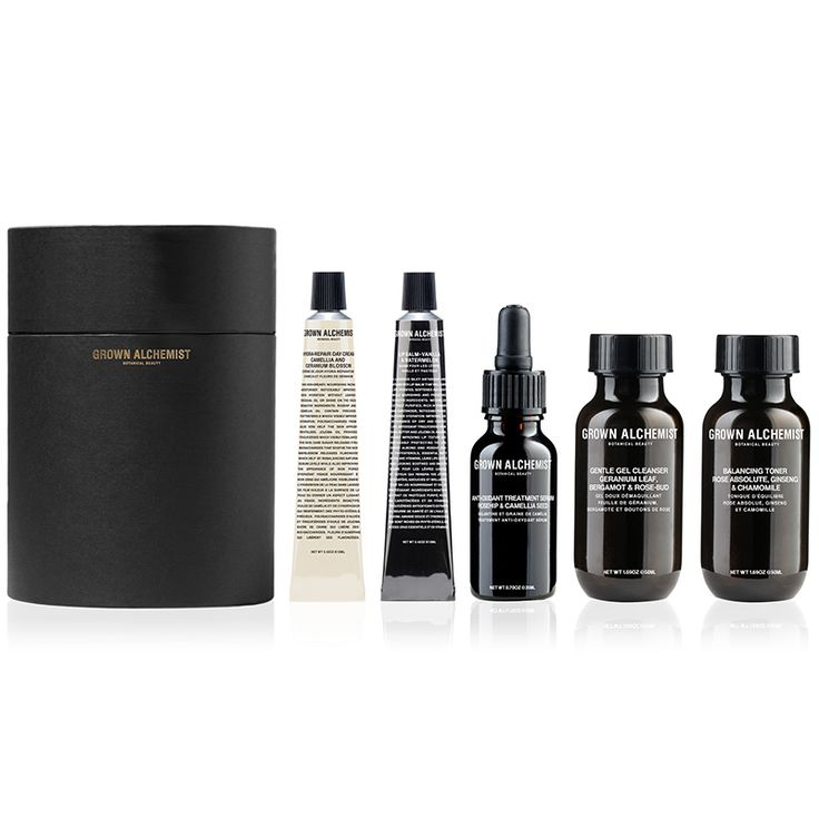 Kadewe Online Shop: Black Packaging, Organic Beauty