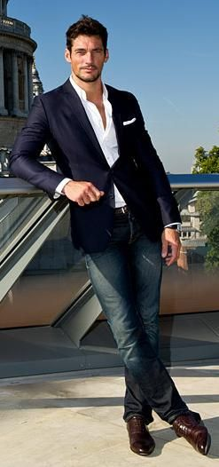 fitted navy blazer. white oxford. jeans. black belt. black shoes. comfortable. sophisticated. style.: