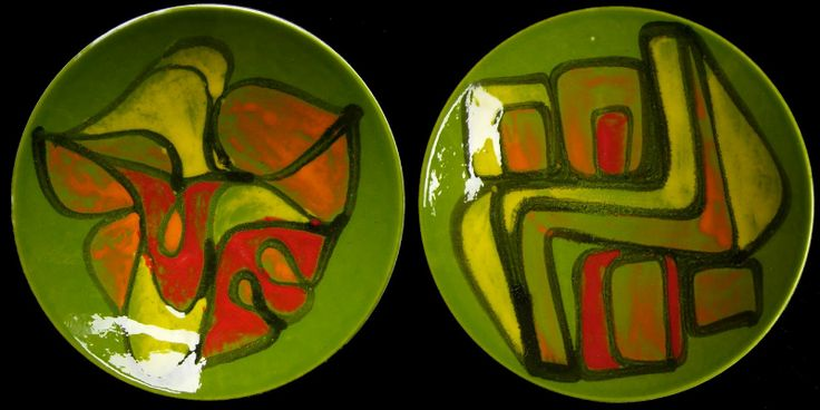 Rob's Poole Pottery Blog: Green Delphis Plates, No. 4