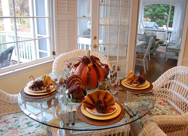 Thanksgiving Turkey Napkin Fold Tutorial & 137 best TABLE SETTING images on Pinterest | Harvest table ...