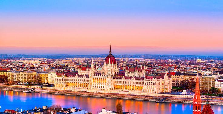 Reisen mit uns in die wunderschöne Stadt Budapest!  Mit Voyage Privé verbringst du 2 bis 5 Nächte im 4-Sterne Boutique Hotel Budapest. Im Preis ab 115.- sind das Frühstück sowie der Flug inbegriffen.  Buche hier deine Städtereise: https://www.ich-brauche-ferien.ch/ferien-deal-budapest-mit-flug-und-hotel-fuer-115/