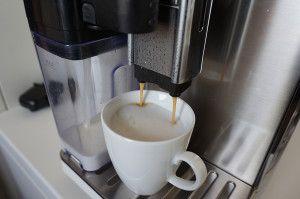 #Testbericht #Philips #Saeco – Maestro #GranBaristo HD8966 #Kaffeemaschine überzeugt. Zum Videobericht: http://www.fashionpaper.ch/lifestyle/testbericht-philips-saeco-maestro-granbaristo-hd8966-kaffeemaschine-ueberzeugt/