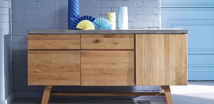 Anyone looking for something a little different in a buffet, the LONDON is the perfect choice. With its reinforced fibreglass concrete top against its light oak timber frame, the contrasting combination of materials creates an unusual appealing contrast.