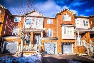 Att/Row/Twnhouse - 3 bedroom(s) - Toronto - $399,900
