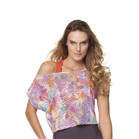 Caruaru Blouse is a loose fitting #blouse and #gymwear with various colours. Now available in store at http://riofitness.com.au
