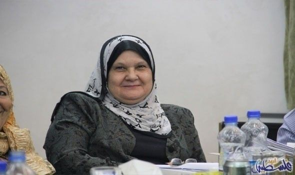 الأغا تبحث مع منظمة العمل الدولية آليات التعاون Crochet Scarf Fashion Hijab