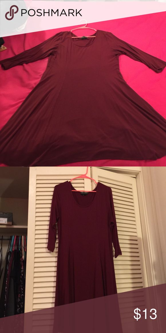 Maroon skater dress size 2x Maroon skater dress size 2x with 3/4 quarter sleeves, its from forever 21. I wore this dress probably 15 times, its in good condition. Forever 21 Dresses