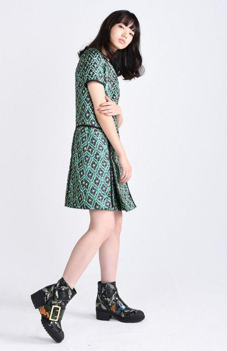 彼女がキレイな理由:小松菜奈さん 「古着が好き」着たときの形やラインにこだわり - 写真詳細 (2枚目/全6枚) - 毎日キレイ
