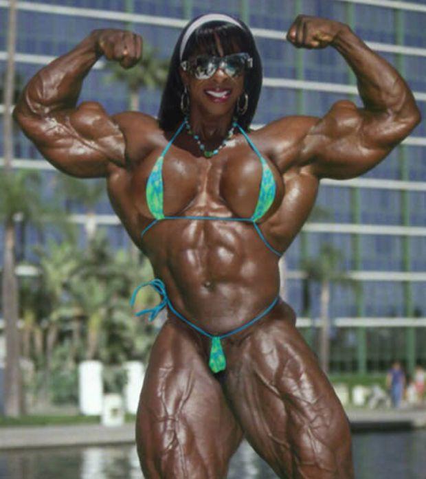 Binaraga Wanita fait partie des meilleures bodybuildeuses de l'histoire.