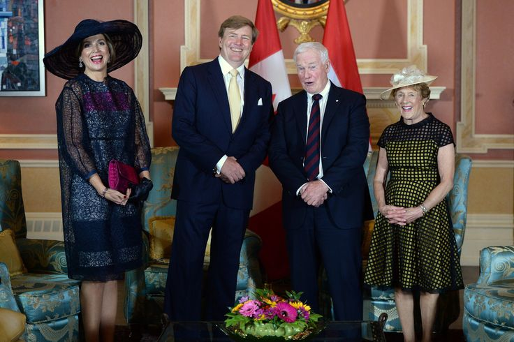 King Willem-Alexander and Queen Maxima of the Netherlands pose with Gov.-Gen David Johnston, right,  and his wife Sharon at Rideau Hall in Ottawa on Wednesday, May 27, 2015.  (Sean Kilpatrick/The Canadian Press via AP) MANDATORY CREDIT