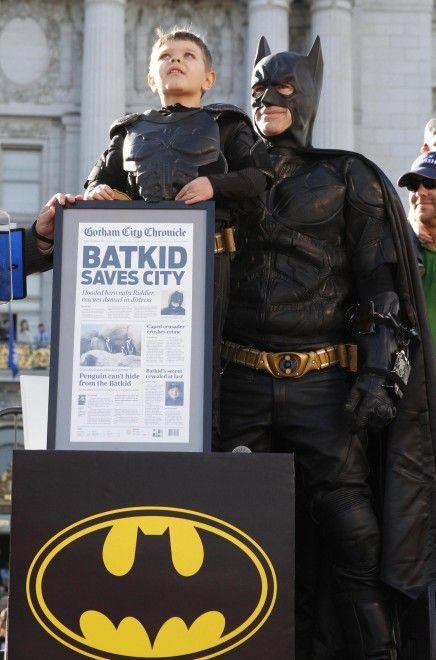 #MilesScott, bambino malato di leucemia, diventa Batman per un giorno a San Francisco in California #batman #causes