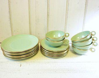 Antiguo juego de té de estilo francés Art Deco, cerámica St.Clement.  recorte el verde menta con oro.