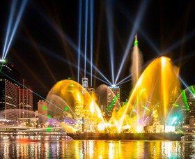 Brisbane Festival & Riverfire (7th - 28th September 2013) #fireworks #citylights #lasers #festival