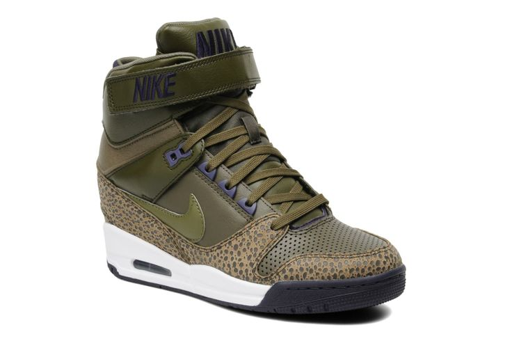 tom lowe - Wmns Nike Air Revolution Sky Hi by Nike (Green) | Sarenza UK ...