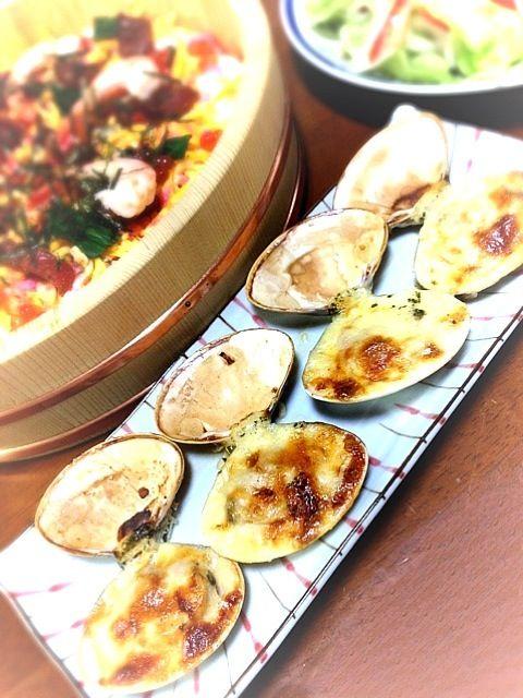 http://www.pokkasapporo-fb.jp/sp/recipes/detail-958.html - 2件のもぐもぐ - はまぐりのレモンクリーム焼き by harukaze