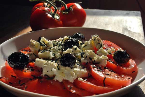 salade de tomate grecque à la spiruline