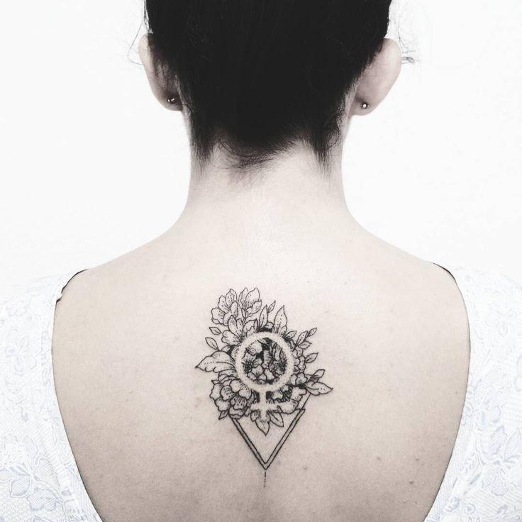 Floral Venus symbol tattoo by Fer Solley