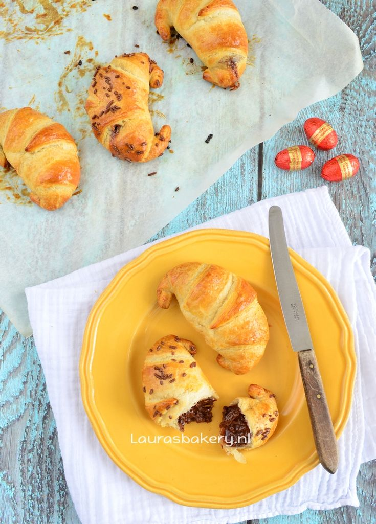 paasei croissants