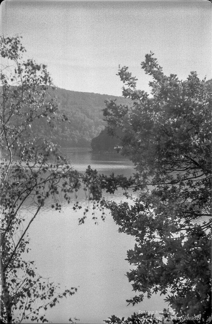 Lake in Rożnów by Tomasz Jurkowski on 500px