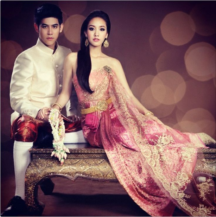 Traditional Thai Fashion for Couple