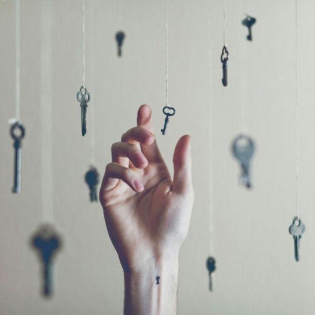 ヨガ哲学における、心を落ちつける「4つの鍵」をご紹介したいと思います。人間関係を良好にしたいという方にとって、良い学びになるはずです。今日から意識してみるだけで、人生が輝きだしますよ♡