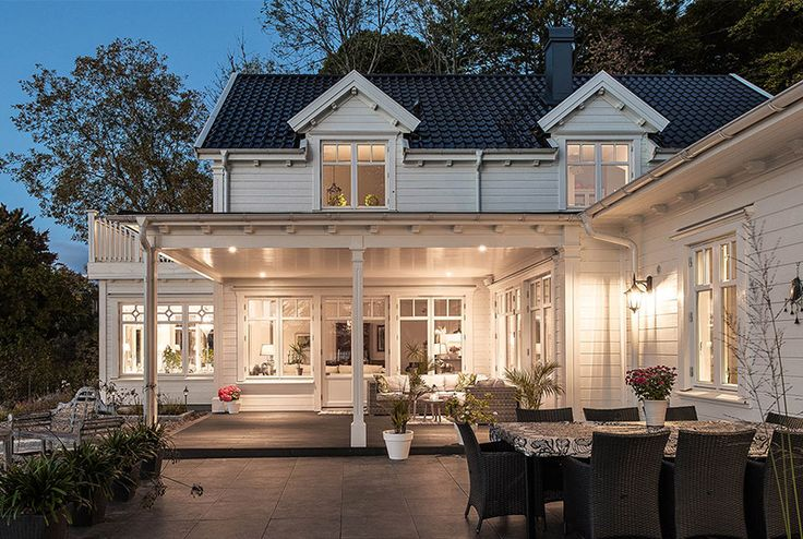 """Se fler bilder ifrån huset New England hus A3019 """"Alla familjer är olika – därför är"""
