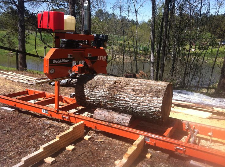 Sawing A Big Poplar Log About 32 Quot In Diameter Woodmizer