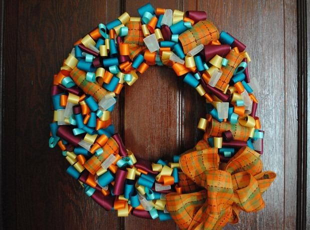 DIY Fall Decor : DIY Fall Ribbon Wreath