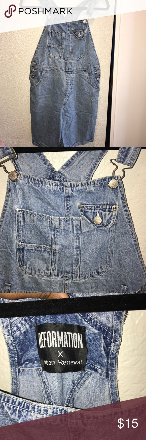 Overalls Short overalls From the Urban outfitters outlet in La .. Leather accent pockets (they are not real pockets)  Super Cute 😍 No stretch  ✖️ If you love denim ... these are for you !  Don't like the price ... make me an offer ! Urban Outfitters Jeans Overalls