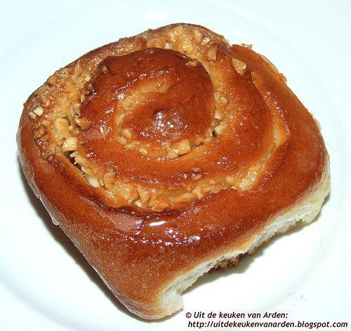 Uit de keuken van Levine: Broodjes met sinaasappel en amandelen