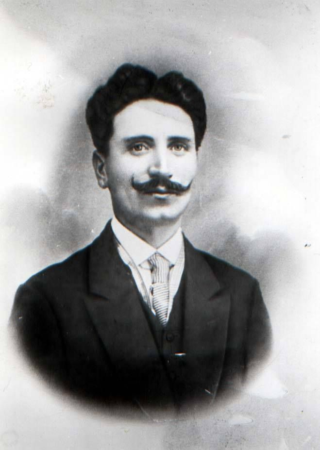 """""""Beloved grandfather of Frank and Sylvester Stallone.""""   http://www.findagrave.com/cgi-bin/fg.cgi?page=gr&GRid=125859387"""