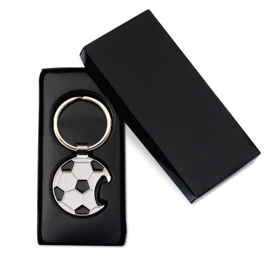 Portachiavi/apribottiglie a forma di pallone da calcio confezionato in astuccio di cartone nero http://www.ibiscusgadget.it/prodotto/ross/